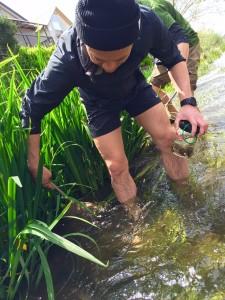 川遊び 男性