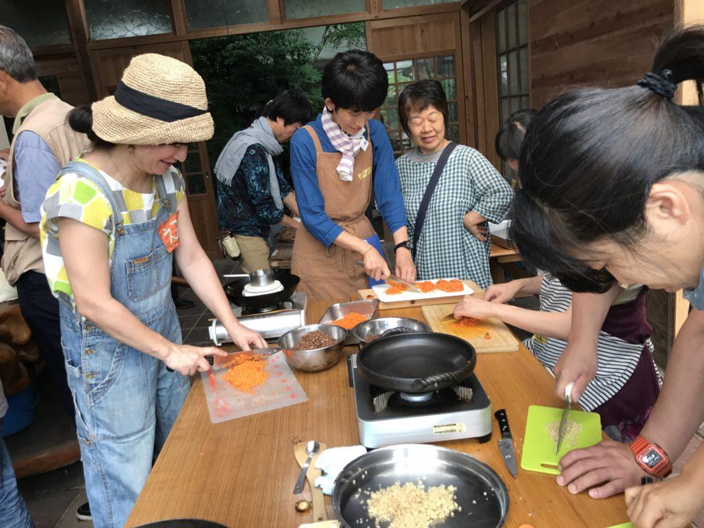 鉄火味噌作り。