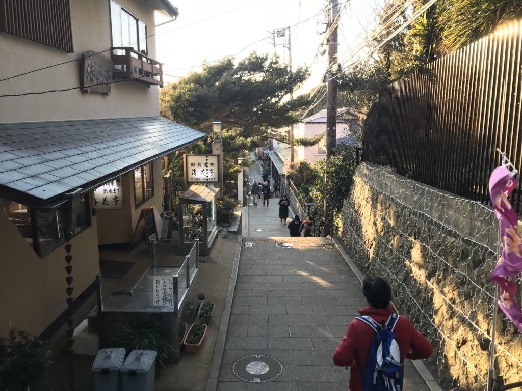 江の島の道。