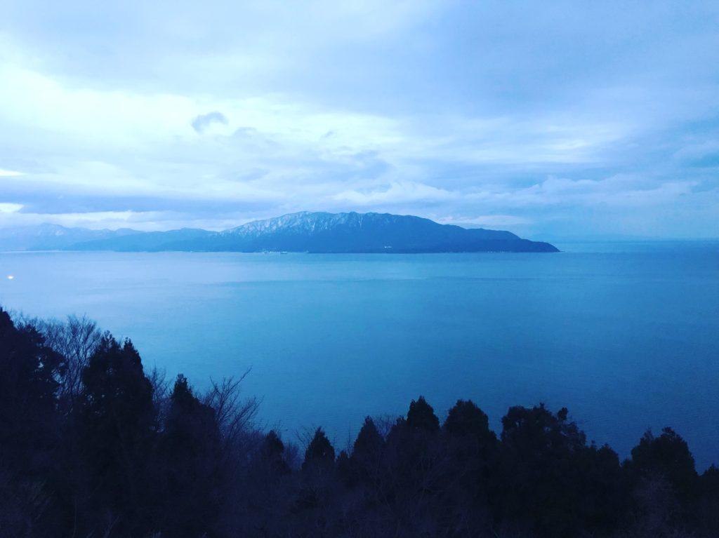 日本海夜明け。