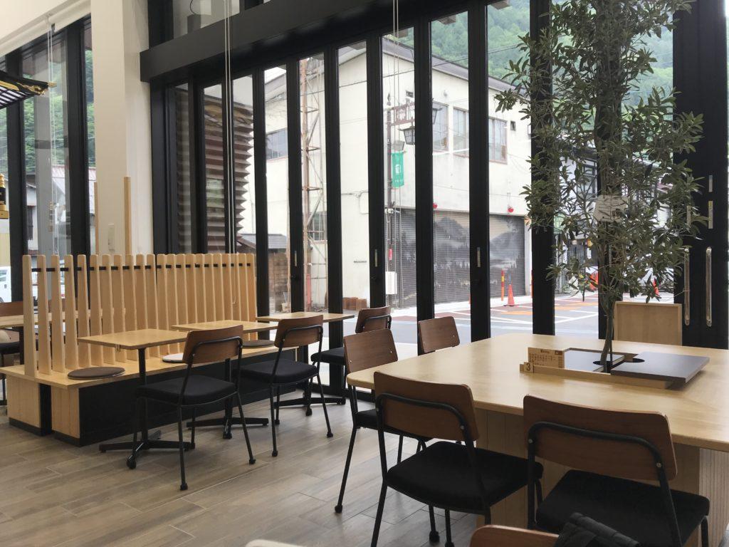図書館カフェ。
